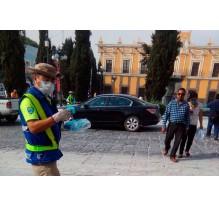 Recolectan en Cholula 1.5 toneladas de ceniza del Popocatépetl