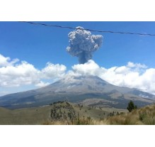 ESPECTACULAR erupción del Volcán Popocatépetl