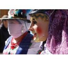 Hasta 50 mil pesos en trajes de huehues de Cholula